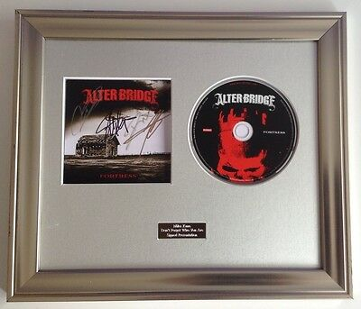 FORTRESS CD  FRAMED PRESENTATION. PERSONALLY SIGNED//AUTOGRAPHED ALTER BRIDGE
