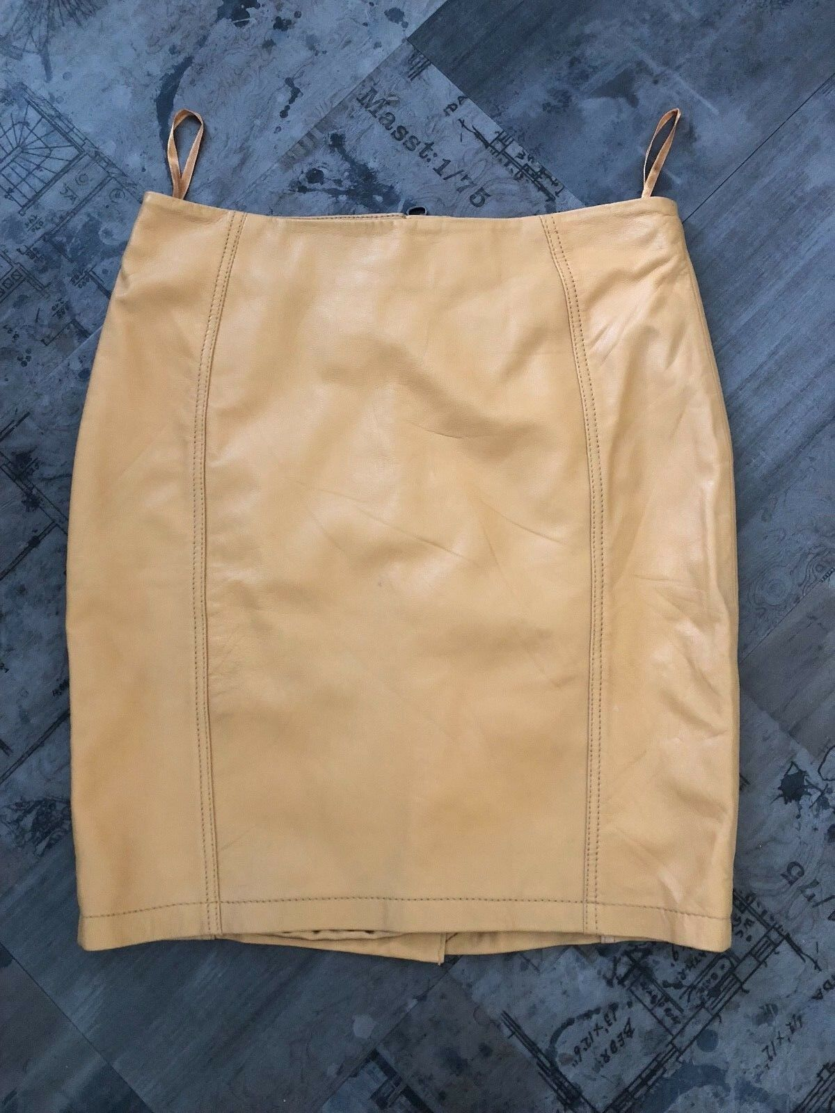TOP SHOP LEATHER MINI. NEW.Butter Soft . UK Limited Edition Women's Skirt