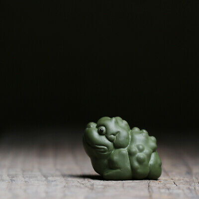 historical human statue yixing zisha purple clay tea pet posture on tea table