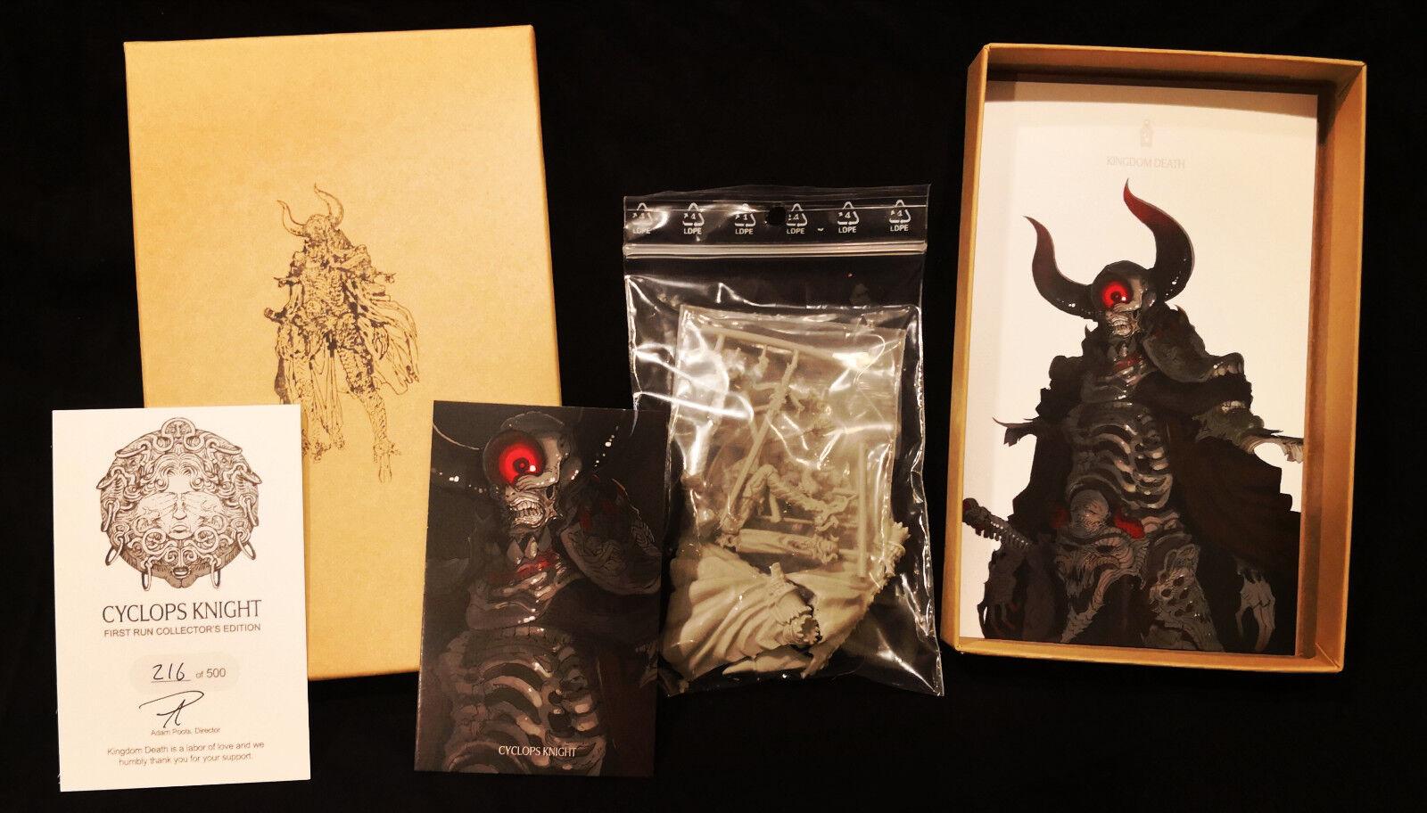 Nouveau Royaume de mort  Cyclope KNIGHT  - first run Edition Collector-dans la main