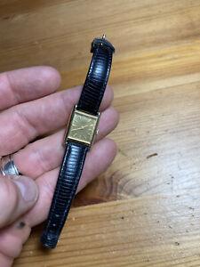 Seiko Women's Analog Wristwatch Quartz Watch With Black Leather Band