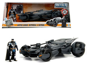 2017-Justice-League-Batmobile-with-diecast-Batman-Figure-1-24-Diecast-Model-Car