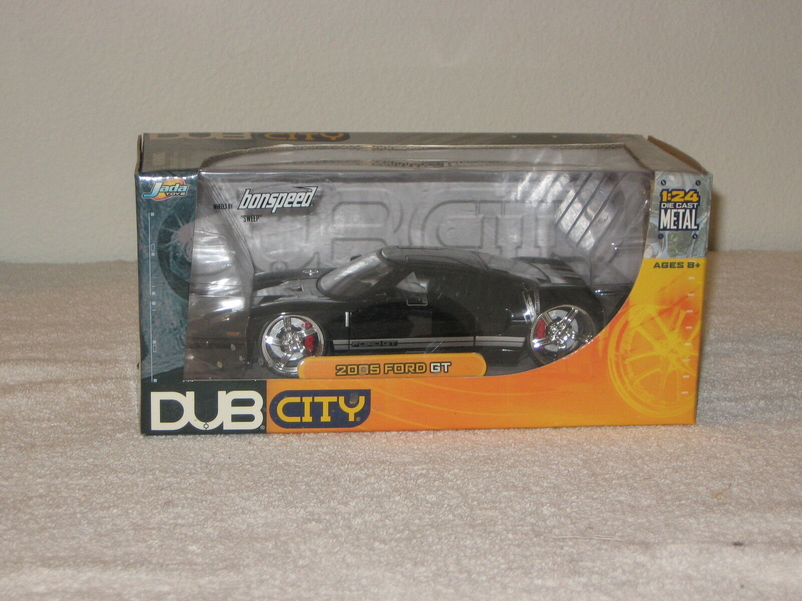 NIB DUB CITY JADA JADA JADA 2005 FORD GT DIE CAST METAL CAR 3e01c7