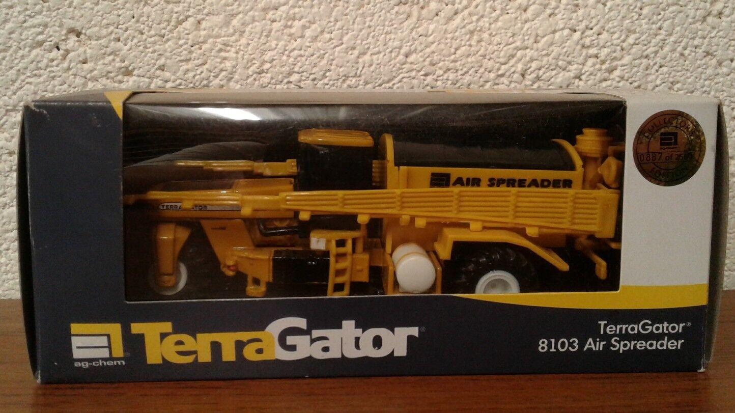 1 64 Ag Chem Terra Terra Terra Gator 8103 w  dry box spreader, serial numbered 887 8dff5d