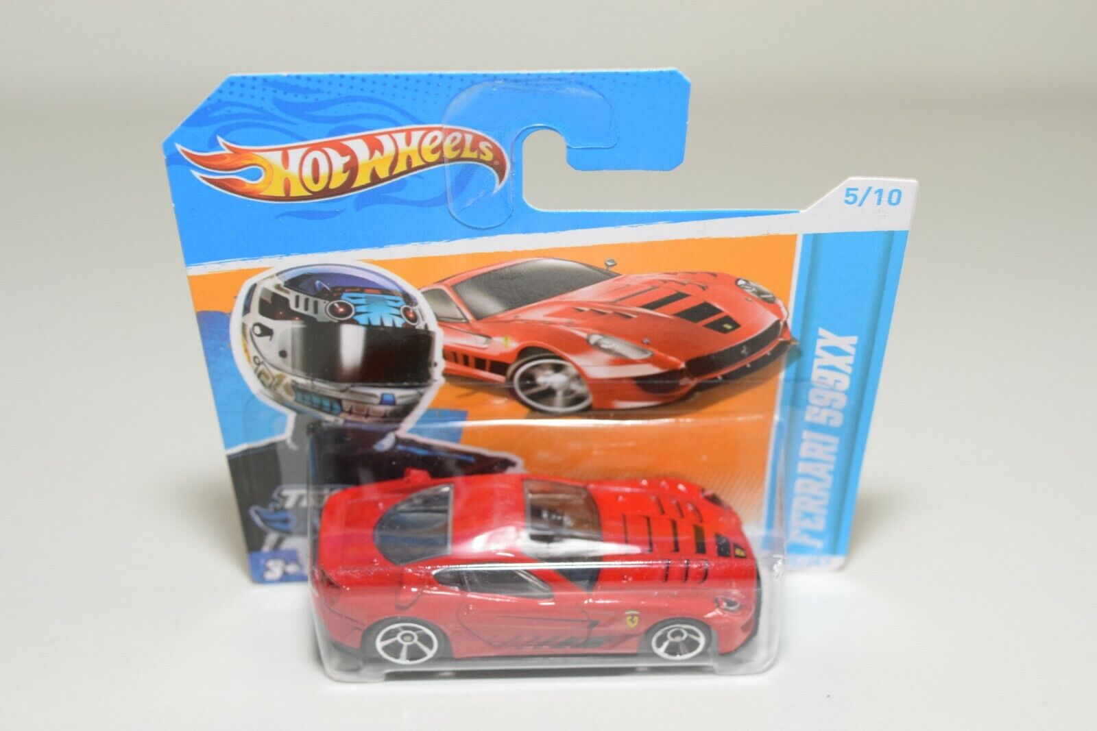 V 1 64 258 HOTWHEELS FERRARI 599 XX 599XX rojo MINT BOXED ON SHORT CARD RARE