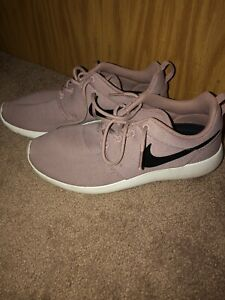 hermosa Hervir Buen sentimiento  Para mujeres Zapatos de entrenamiento NIKE ROSHE Uno Talla 9 | eBay