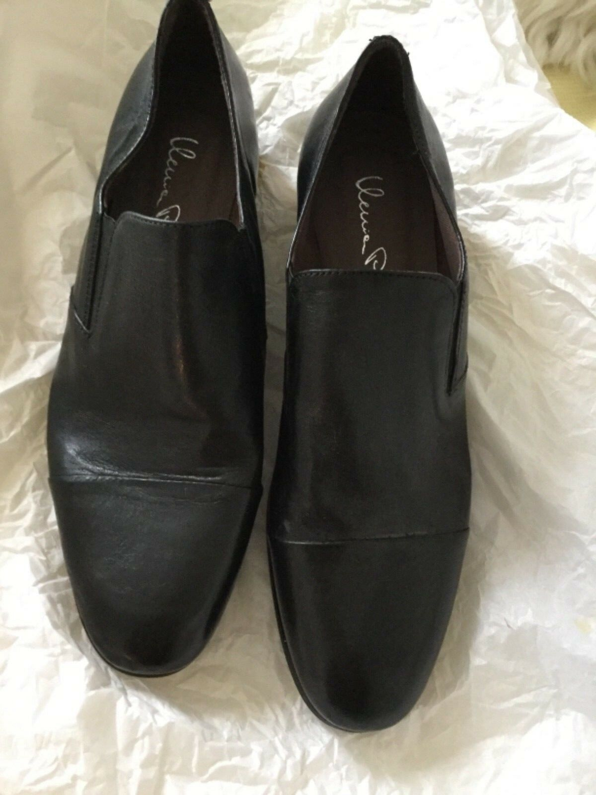 NEW Ilenia P. Lavorazione Artigiana Made in  Black Leather Slipons - 39