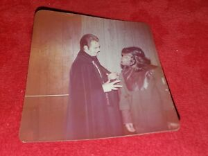 VINTAGE-SNAPSHOT-PHOTO-HALLOWEEEN-COUNT-DRACULA-AND-PLANET-OF-THE-APES