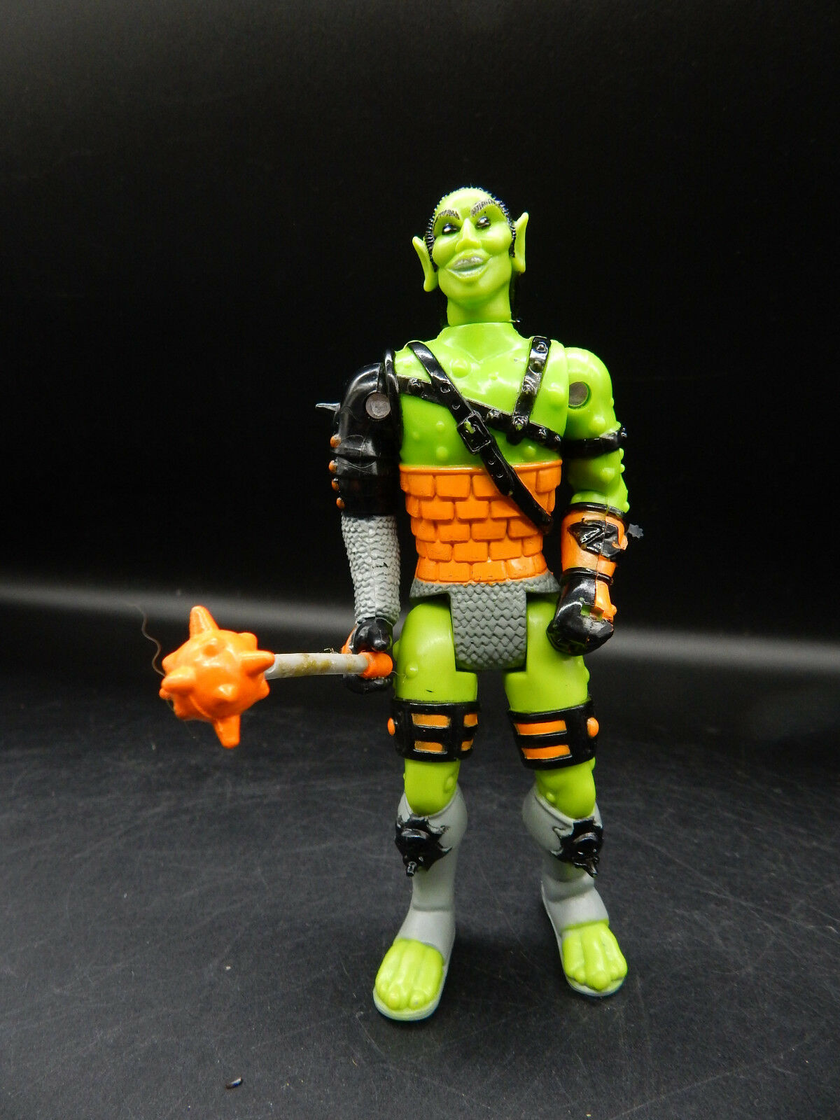 Vintage shield shooter OGRE KING Advanced Dungeons & Dragons LJN action figure