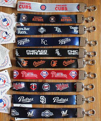MLB Wristlet Short Lanyard Keychain TEAM COLOR ( ALL TEAMS ) Official Licensed