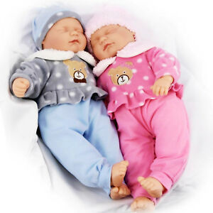 """18"""" Twins Dolls Twin Babies Cuddles Baby Girl Boy New Born Doll, 2 Extra Outfits 5060621840923"""
