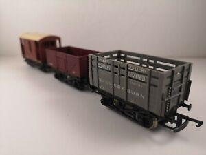OO-Gauge-Job-lot-of-Wagons-inc-Coke-Wagon