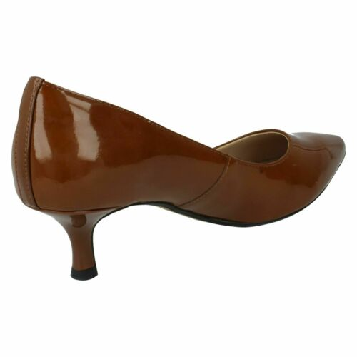 Details about  /AQUIFER SODA LADIES CLARKS SMART MID HEEL POINTED TOE SLIPON LEATHER COURT SHOES