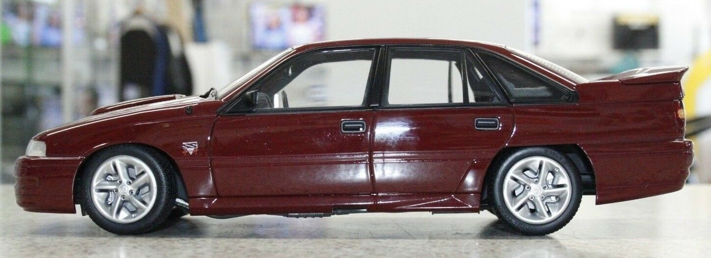 Biante Holden VN Commodore SS Group A Durif Red 1 18 Scale Model