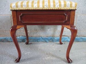 Lovely-Edwardian-Mahogany-dressing-stool-with-lift-up-upholstered-lid-ref-1331