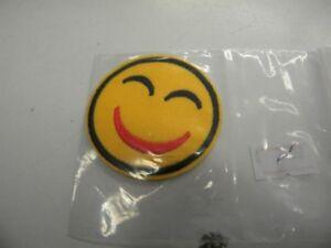 1 Ecusson Thermocollant Neuf Mercerie 4.7cm Jaune Smiley Ref 757 RafraîChissant Et Enrichissant La Salive