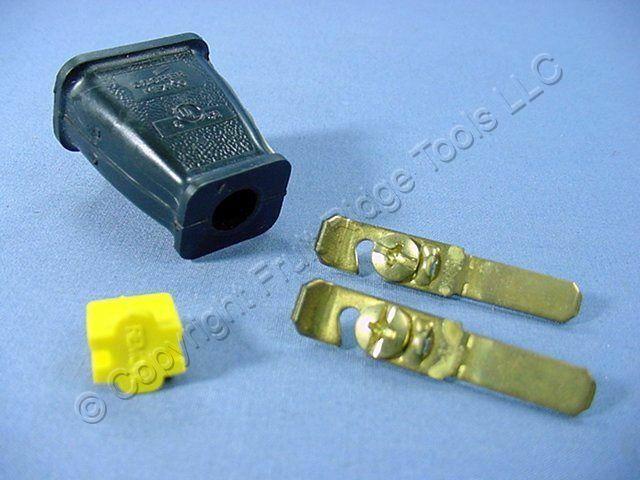 Cooper Black Straight Blade Plug W   Cord Clip 15a Non