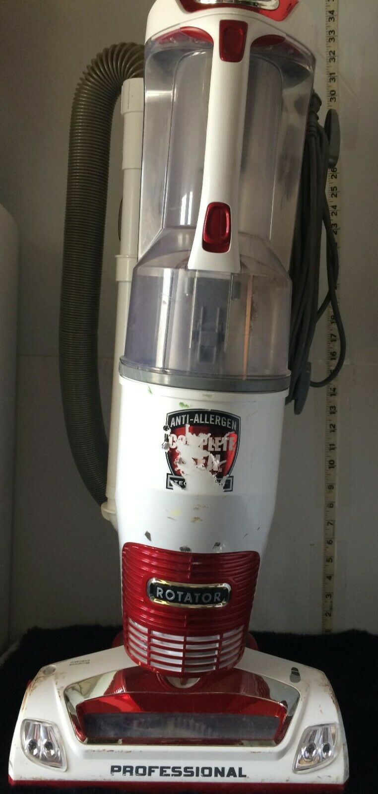 Shark redator Professional Vacuum Upright, used w o most accessory attachments