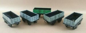 4-x-Hornby-Series-by-Meccano-Tin-Plate-13T-163502-Open-Wagons-1-12Ton-O-Gauge