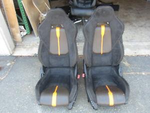 McLaren 570S - Set Of Power Seats Carbon Black Alcatara And Orange