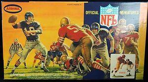 1967-Aurora-Official-NFL-Miniatures-Set-Unused-Kit-No-824-149-Plastic-w-Decals
