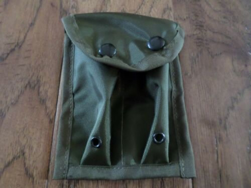 GREEN NYLON 45 CALIBER DOUBLE CLIP POUCH 7 ROUNDS SNAP CLOSURE BELT KEEPERS