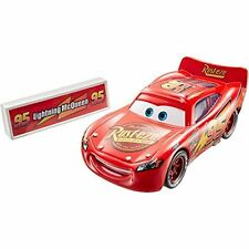 Disney Pixar Cars Movie Moments Lightning McQueen With Pit Stop Barrier DPD67