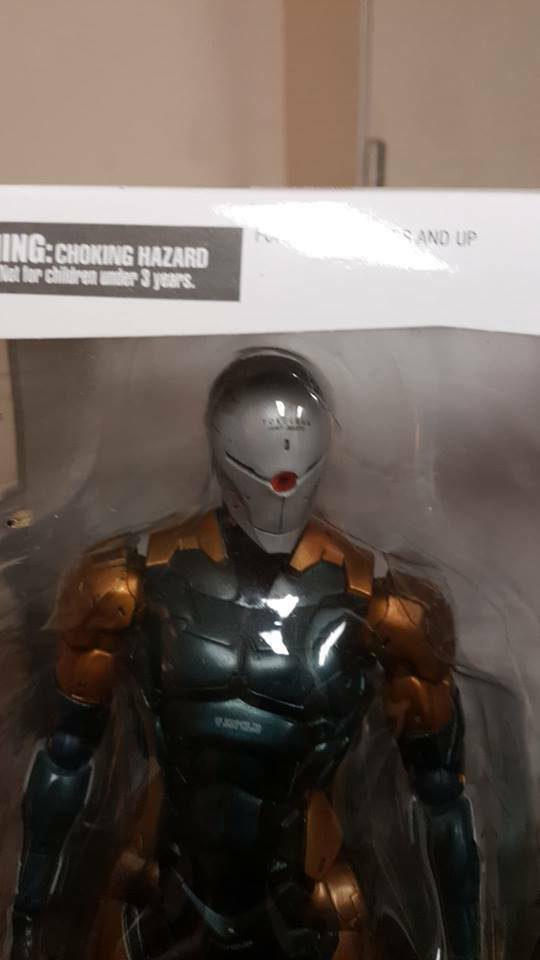 METAL GEAR SOLID PLAY ARTS Kai Cyborg Ninja (PVC painted action figure)AUTHENTiC