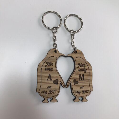 Personalised Oak Engraved Pair Of Keyrings Penguins Couples His /& Hers Boyfr