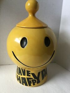 VINTAGE-COOKIE-JAR-YELLOW-MCCOY-SMILLY-1960s-HAVE-A-HAPPY-DAY-11-inches