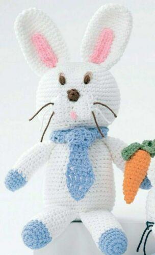 Patrón de ganchillo-Bunny Rabbit Carrot /& cuello-corbata Juguete 0717