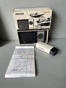 Philips MW-LW 90 RL 020 radio vintage new with case and headphones original box