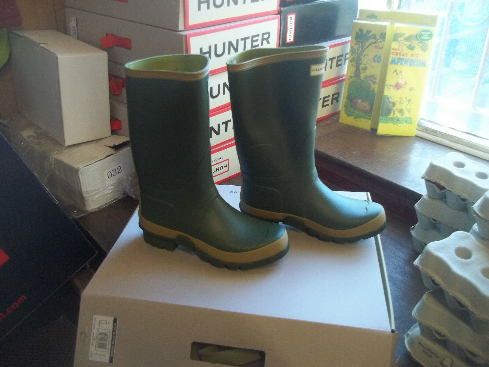HUNTER WELLIES WELLINGTONS  IN HALIFAX LEG SIZE 7 GARDENER BOOT SHORT WIDE LEG HALIFAX 690943