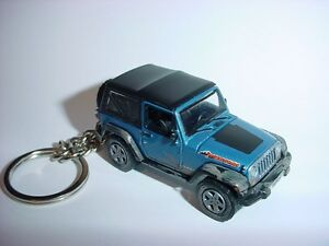NEW-3D-BLUE-2010-JEEP-WRANGLER-MOUNTAIN-CUSTOM-KEYCHAIN-keyring-key-4x4-offroad
