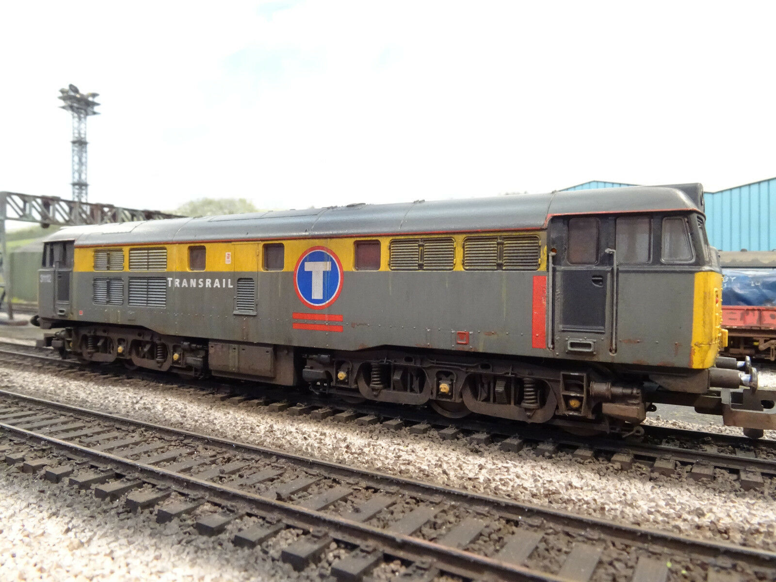 LIMA BR TRANSRAIL CLASS 31112 (LINESIDE WEATHERED) BOXED