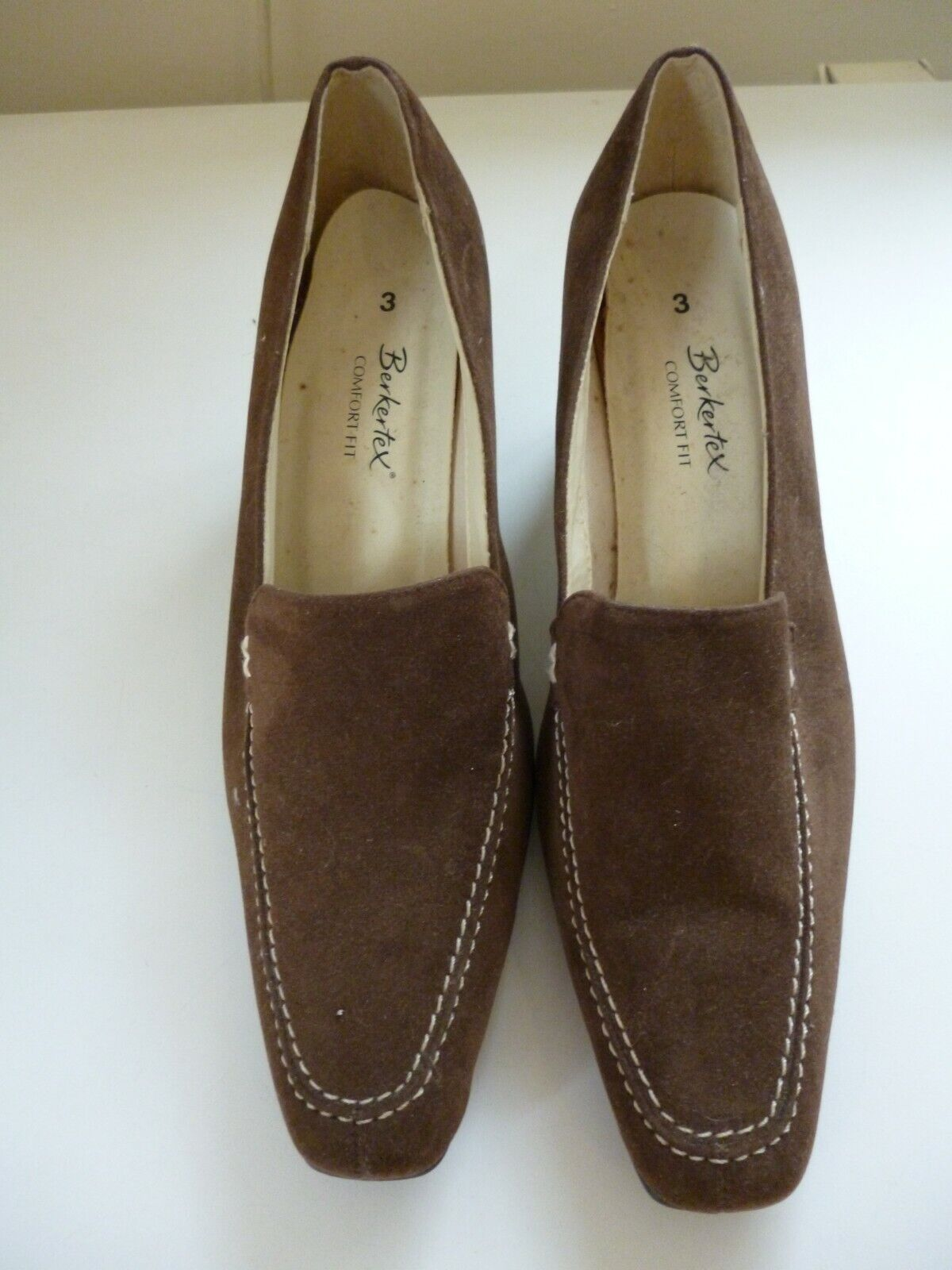BNWOB Berkertex comfort fit brown suede shoes size 3