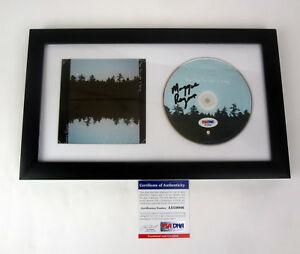 Maggie-Rogers-Now-That-The-Light-Is-Fading-Signed-Autograph-Frame-CD-PSA-DNA-COA