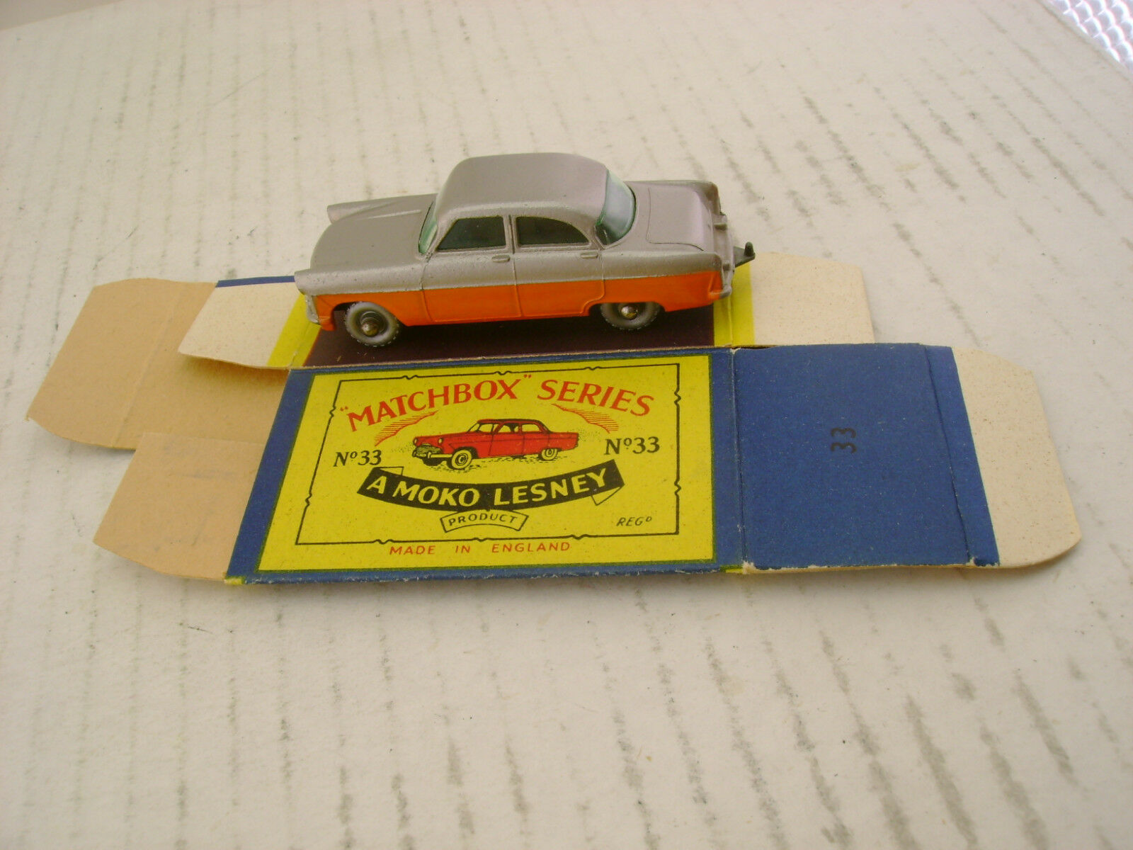 MATCHBOX MOKO LESNEY FORD ZODIAC TWO TONE SPW-R A WITH ORIGINAL BOX