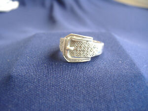 STERLING-SILVER-AND-DIAMOND-BUCKLE-DESIGN-RING-SIZE-7
