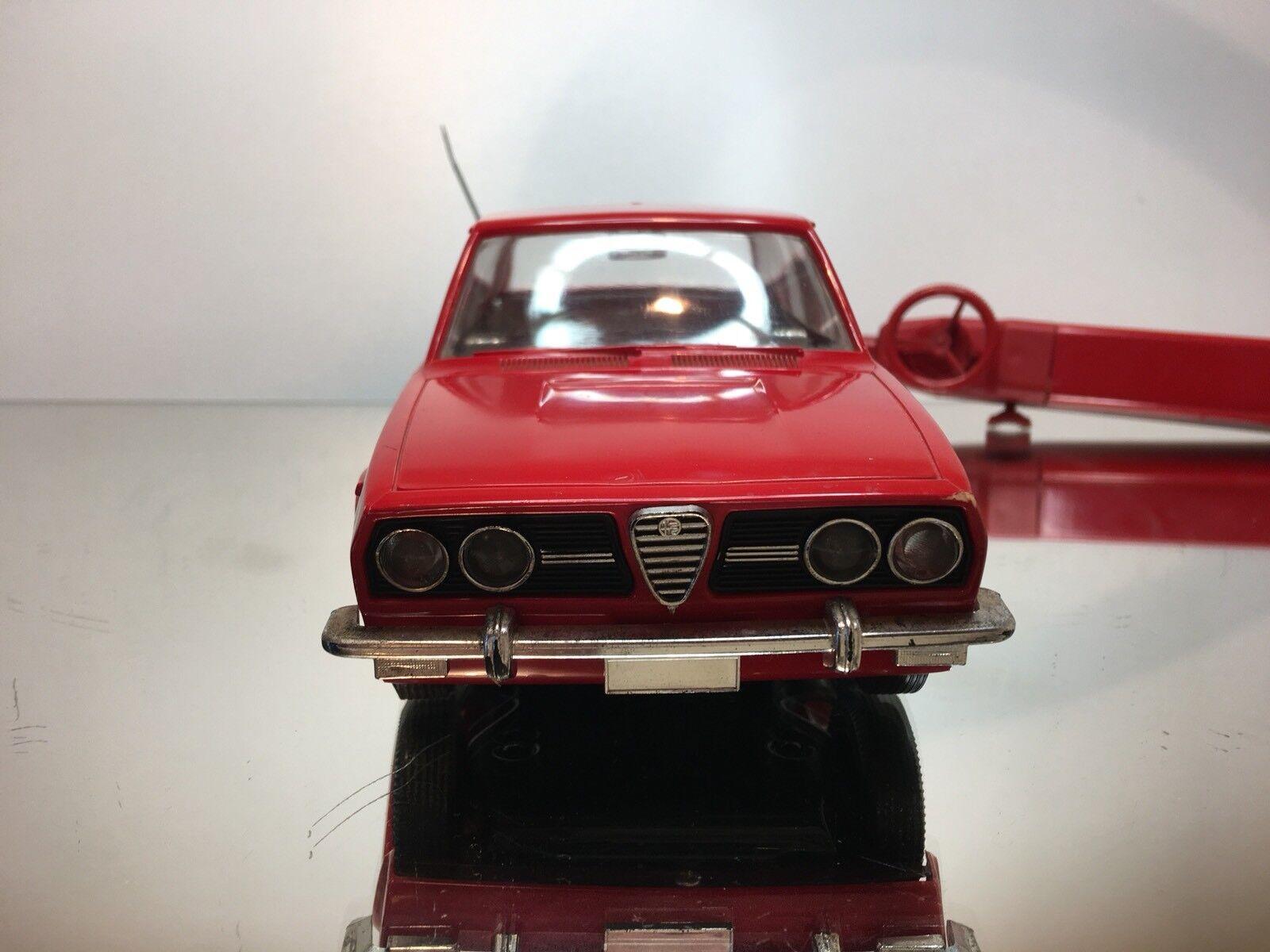 GIOCATTOLI MARCHESINI ALFA ROMEO ALFETTA - - - RC RED L26.5cm RARE - GOOD CONDITION 38a2df