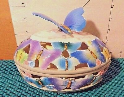 Easter, San Francisco Music Box Co.,Butterfly,Egg, 2000, Big Blue Butterfly Top