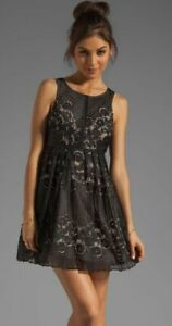 Free-People-Sz-0-Black-amp-Nude-Lace-Overlay-Short-Tank-Dress-W-Cut-Out-Back