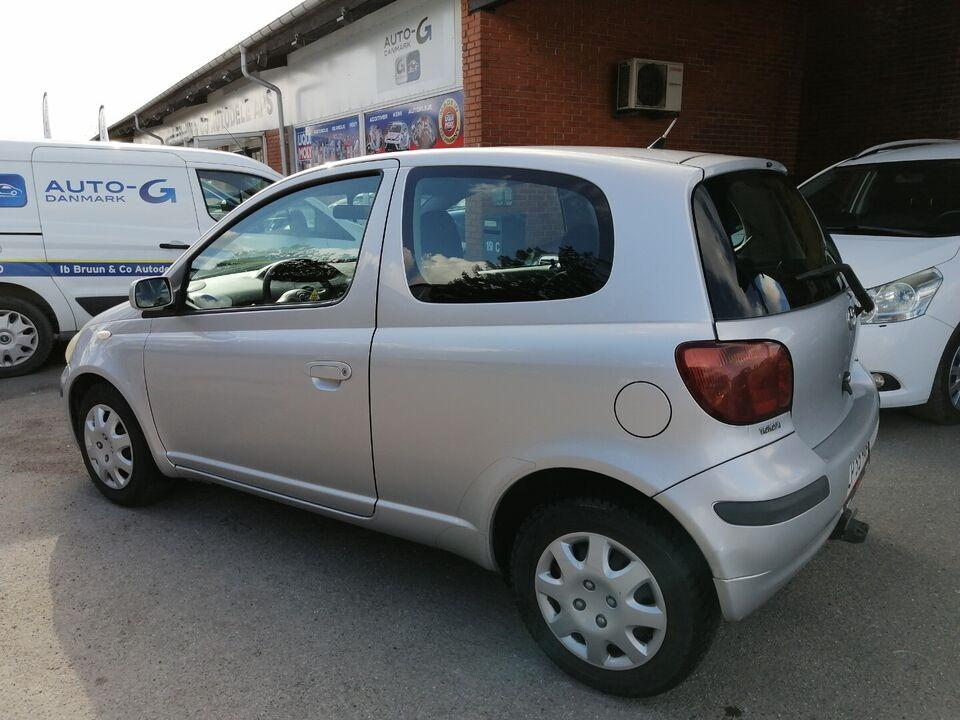Toyota Yaris 1,4 D-4D Sol Diesel modelår 2003 km 166000
