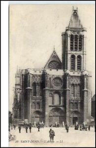 Saint-Denis-France-CPA-1910-20-alte-AK-L-039-Abbaye-Partie-an-der-Kirche-Personen