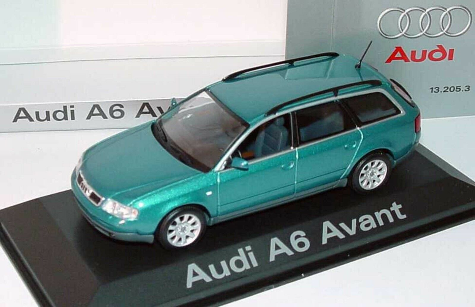 AUDI A6 AVANT BREAK 2.8 C5 MINICHAMPS 1 43 TURMALINGRUNMET STATION WAGON SW 2001