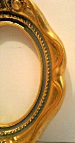 2 3//4 X 3 1//2 ITALIAN MADE GOLD LEAF OVAL w// SCROLL STANDARD PICTURE FRAME N//R