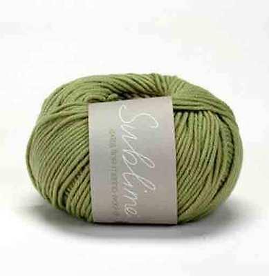 5 x 50g Balls Sublime Extra Fine Merino Worsted Wool for Knitting//Crochet sh061