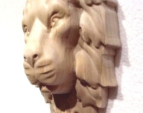 Applique. Lion Head Hand Carving Corbel