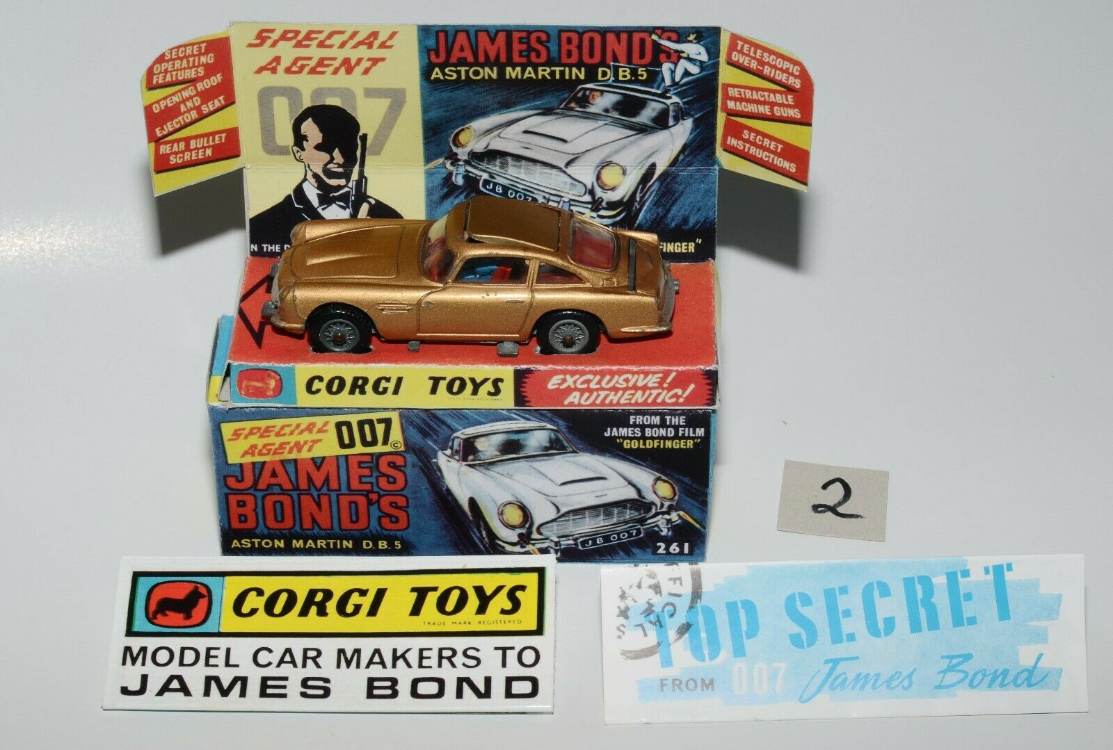 CORGI giocattoli 261JAMES BOND ASTON MARTIN d.b.5 in REPROscatola con accessori  2