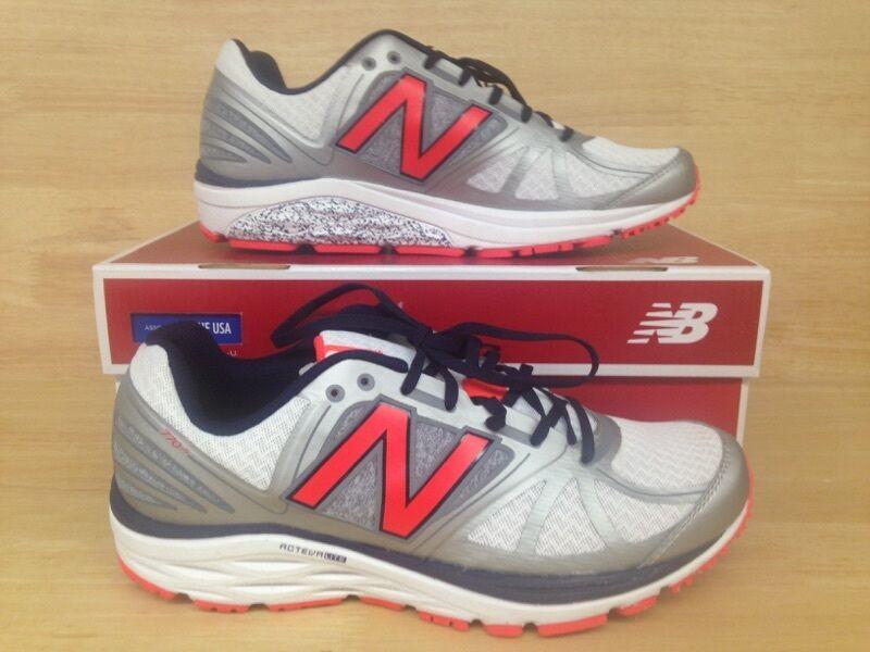 New Balance M770SO5 Athletic Shoe US Size 10.0D (Eu 44.0, )